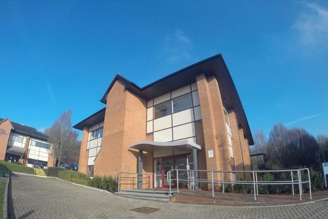 Thumbnail Office to let in Swan House, Peregrine Business Park, Gomm Road, High Wycombe, Buckinghamshire