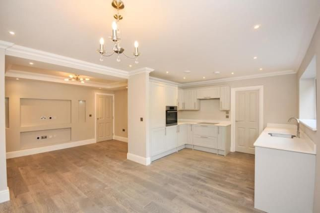 Thumbnail Flat for sale in Mandalay Apartments, Riddlesdown Road, Purley, Surrey