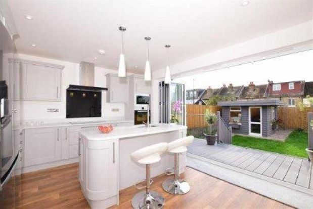 Thumbnail Detached house to rent in Curzon Road, Penenden Heath, Maidstone
