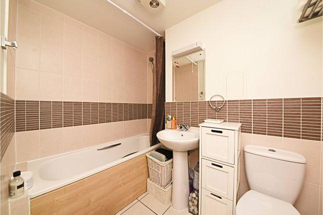 Bathroom of Murray Grove, Islington N1