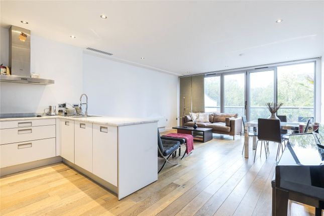 1 bed flat to rent in Galileo Apartments, 48 Featherstone Street, London