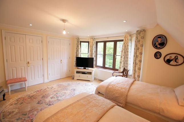 Bedroom 1 of Winchester Road, Bishops Waltham, Southampton SO32