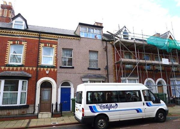 Thumbnail Flat to rent in Princes Street, Rhyl
