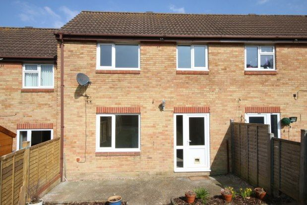 Thumbnail Terraced house to rent in Hazel Close, Newhaven