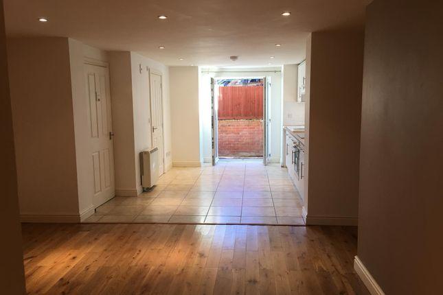 1 bed flat to rent in Wilton Road, Salisbury SP2