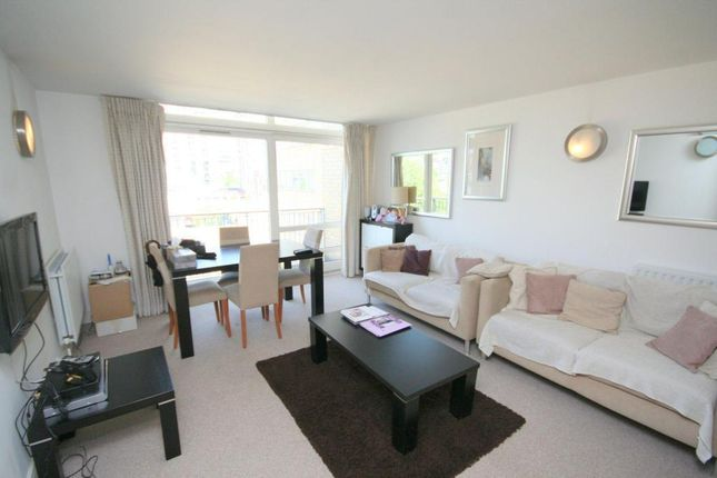 2 bed flat for sale in Gainsborough House, Cassilis Road, South Quay, London