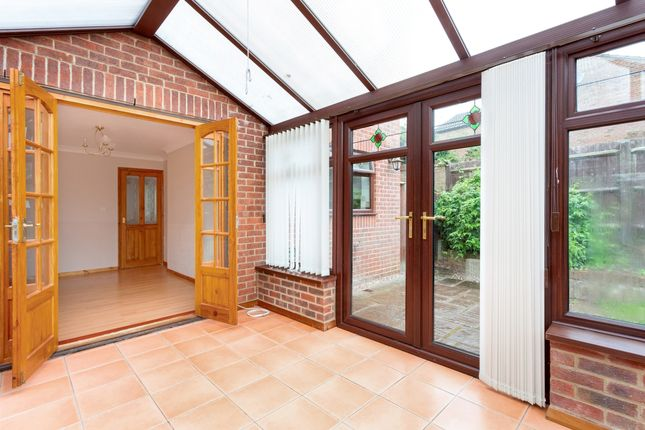 Thumbnail Detached house to rent in Mill Lane, Brackley