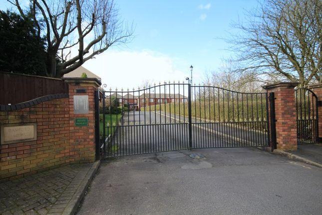 Thumbnail Flat to rent in Bamford Mews, Bamford, Rochdale