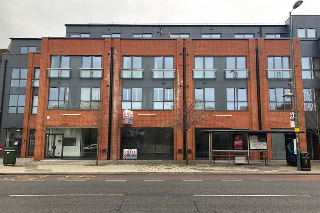 Thumbnail Restaurant/cafe to let in Ewell Road, Tolworth