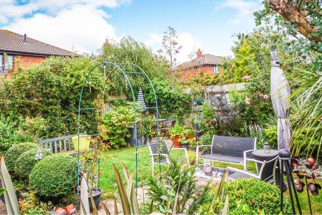 Garden of Alexander Close, Abingdon OX14