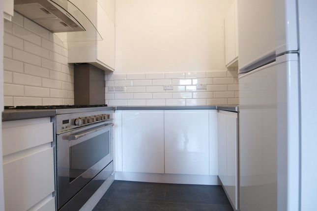 Thumbnail Flat to rent in Hornsey Road, Archway