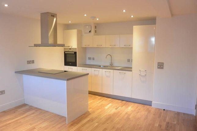 Thumbnail Flat to rent in Whinny Brae, Broughty Ferry, Dundee