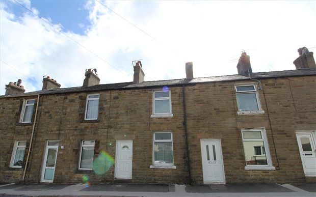 Thumbnail Property to rent in Highfield Road, Carnforth