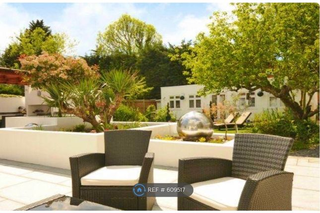 Thumbnail Flat to rent in Eversley Crescent, Ruislip