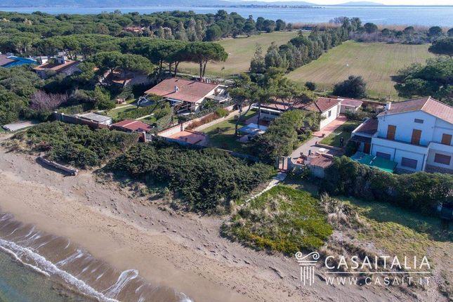 Thumbnail Villa for sale in Orbetello, Toscana, It