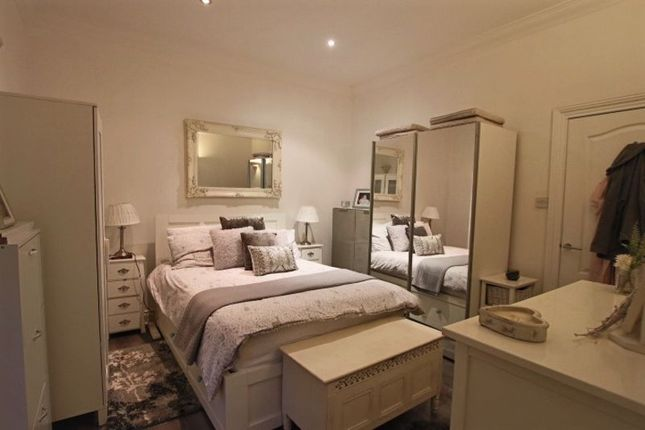 Main Bedroom of Scrimgeour Place, Dundee DD3