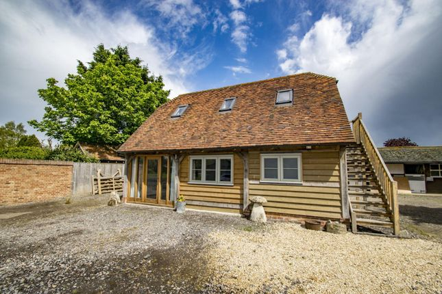 Thumbnail Detached house to rent in Blewbury Road, East Hagbourne, Didcot