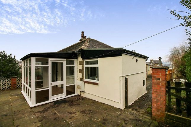 Thumbnail Bungalow to rent in Hainworth Lane, Keighley
