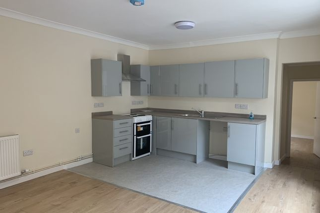 2 bed flat to rent in High Street, Ramsey PE26