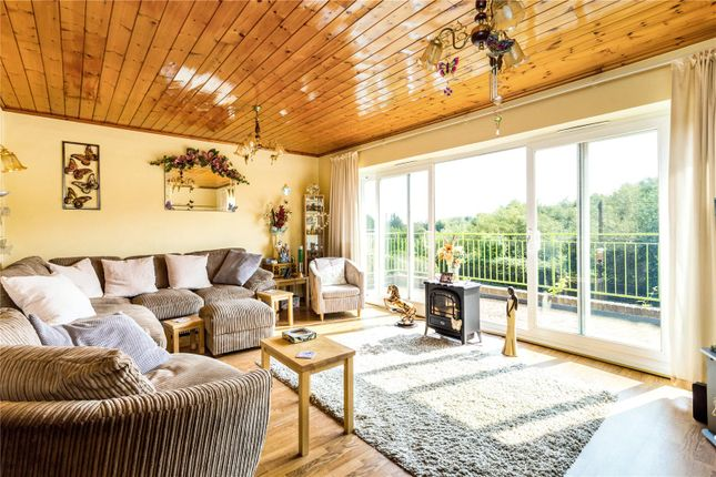 Thumbnail Detached house for sale in Lower Way, Thatcham, Berkshire