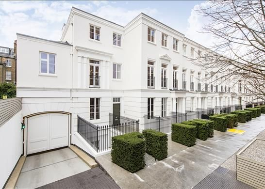 Thumbnail Detached house for sale in Hamilton Drive, St Johns Wood, London