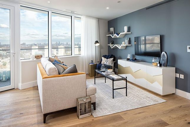 """Thumbnail Flat for sale in """"Lombard Wharf"""" at Lombard Road, Battersea, London"""