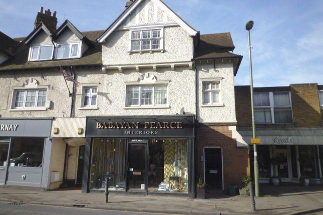1 bed flat to rent in High Street, Oxshott, Leatherhead KT22