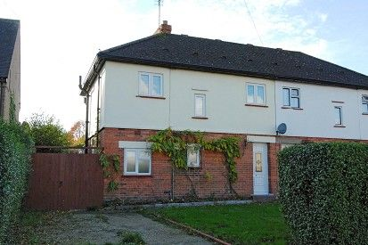 Thumbnail Semi-detached house to rent in Lightwater, Surrey