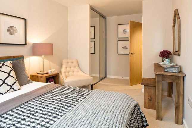 "1 bedroom flat for sale in ""Azera C"" at Centenary Plaza, Southampton"
