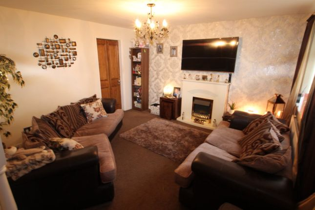 Living Room of Kenyon Close, Hyde, Greater Manchester SK14