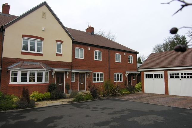 Thumbnail Semi-detached house to rent in Overslade Road, Solihull