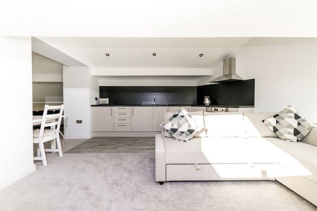Thumbnail Flat for sale in New Road Side, Rawdon, Leeds