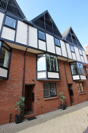 Thumbnail Town house for sale in Ely Street, Stratford-Upon-Avon