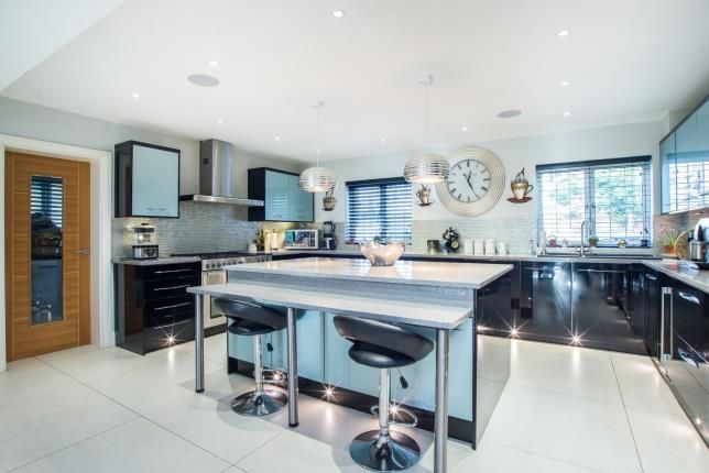 Kitchen of Claygate, Esher, Surrey KT10