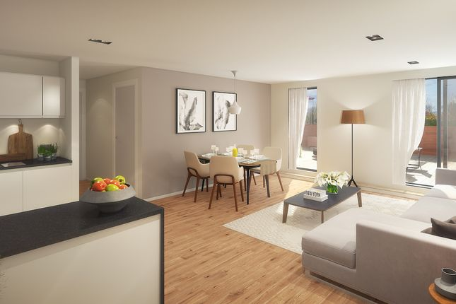 Thumbnail Flat for sale in Springwell Road, Leeds