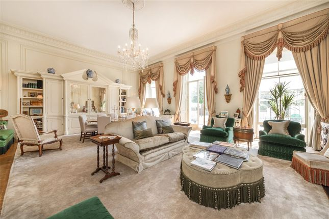 Thumbnail Maisonette for sale in Hyde Park Gardens, Hyde Park, London