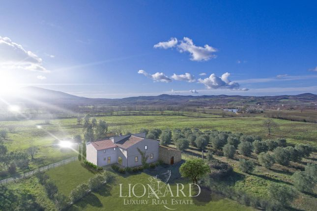 Country house for sale in Capalbio, Grosseto, Toscana