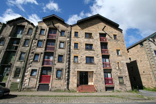 Thumbnail Flat for sale in St. Georges Quay, Lancaster