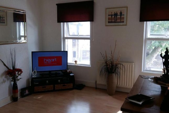 Thumbnail Flat to rent in Rotherhithe New Road, Surrey Quays, Surrey Quays, London