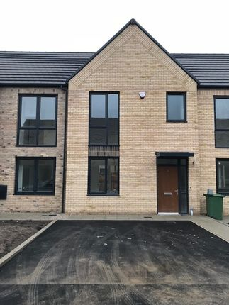 Thumbnail Town house to rent in Etchells Road, West Timperley