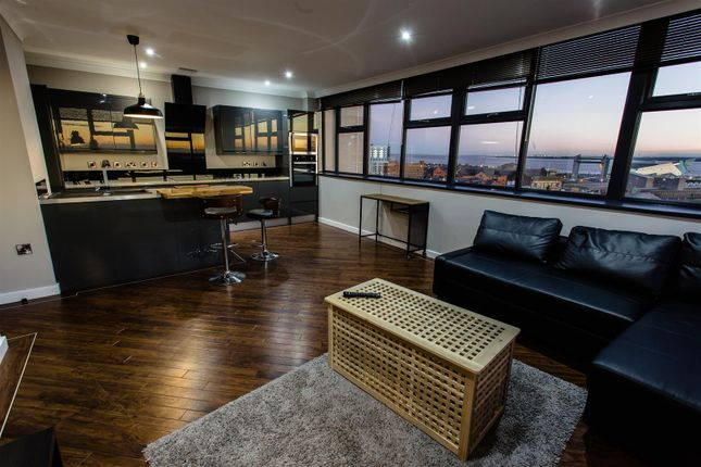 Thumbnail Flat to rent in Essex House, Hull