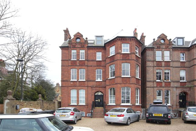 Thumbnail Flat to rent in Windmill Drive, Clapham Common, London