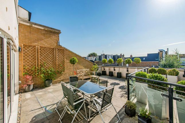 Thumbnail Flat for sale in Castle Court, Brewhouse Lane, London