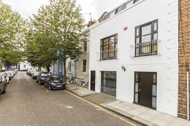 Thumbnail Property to rent in Farm Place, London