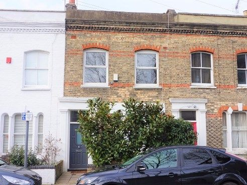 3 bed terraced house to rent in Hatley Road, London