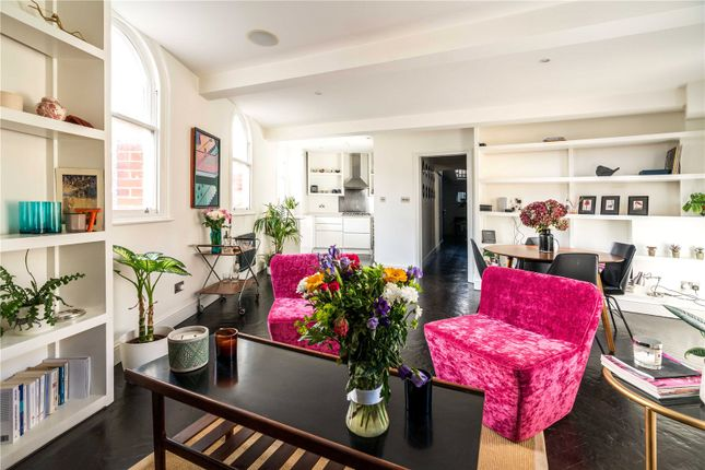 2 bed flat to rent in The Cloisters, 145 Commercial Street, Spitalfields E1