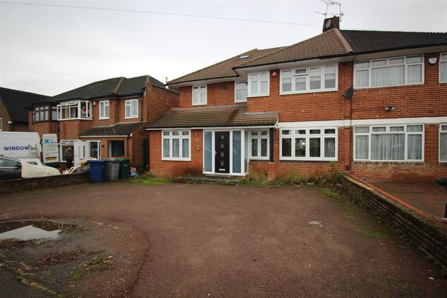 Thumbnail Property to rent in Broadfields Avenue, Edgware