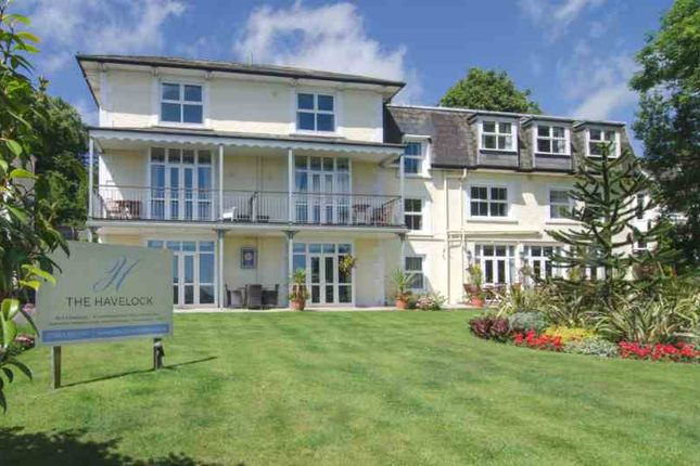 Thumbnail Hotel/guest house for sale in Queens Road, Shanklin