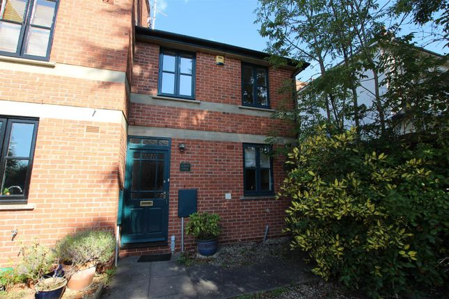 Thumbnail Terraced house to rent in Portland Place West, Leamington Spa