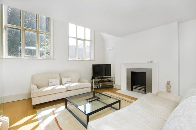 Thumbnail Flat to rent in Little Russell Street, Bloomsbury, London